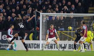 Rodri fue el tercero del Manchester City en coronar una buena actuación del mediocampista.