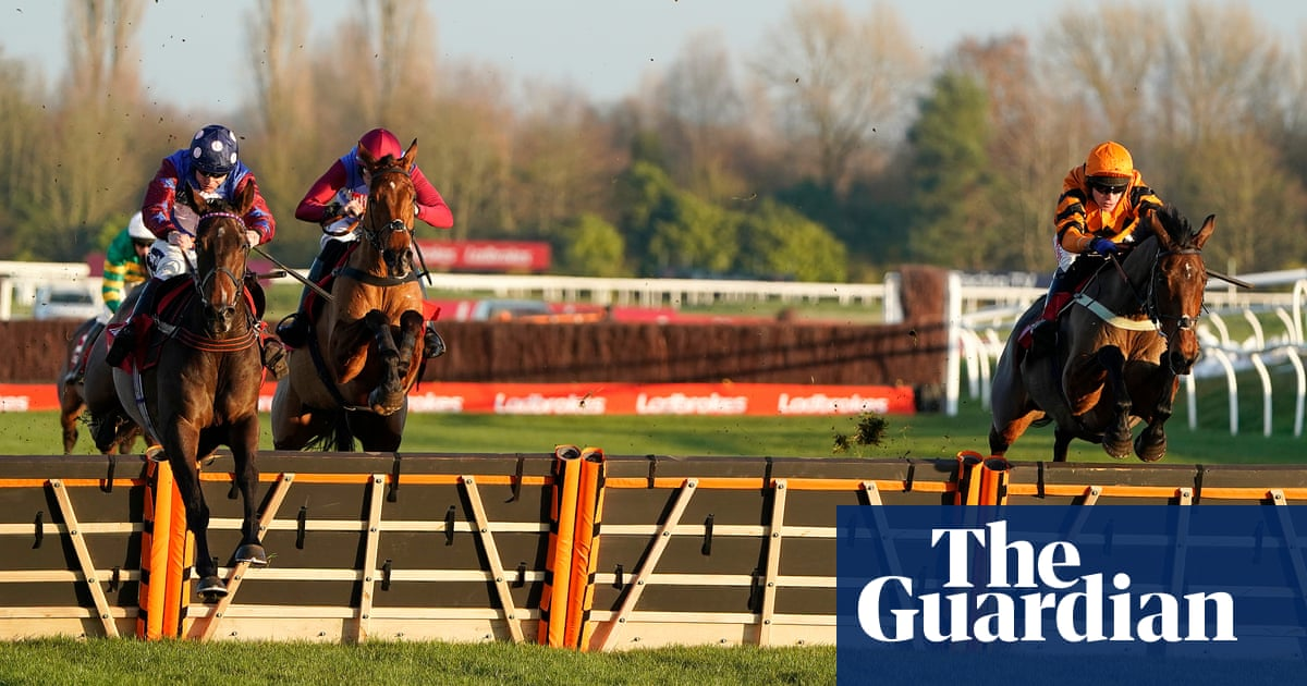 Talking Horses: hurdles the only way to Festival for injured Thistlecrack