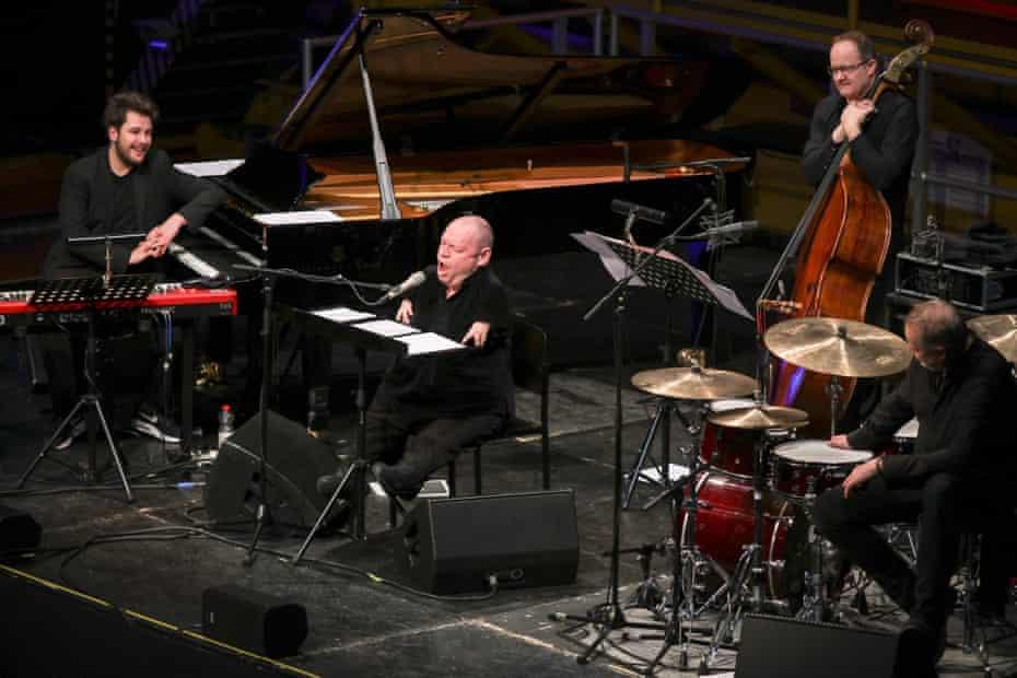 Thomas Quasthoff with his jazz quartet at the Kurt Weill festival in Dessau last year.