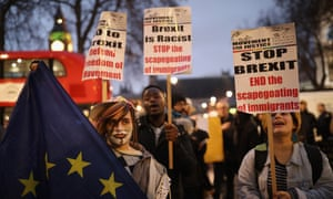 Pro-EU demonstrators protest outside the supreme court on the final day of the hearing into whether parliament's consent is required before the Brexit process can begin