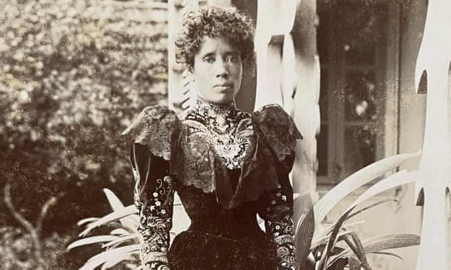 A photograph from the archive showing Queen Ranavalona III