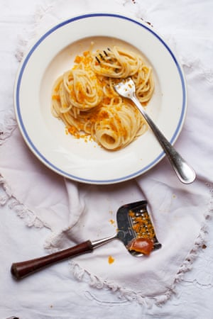 A picture here of bottarga – cure fish roe – on spaghetti.