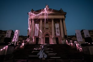 London, England. Tate Britain is decorated with a sculptural installation by Anne Hardy. For this commission, the artist has transformed the building's facade into a marooned temple, in an exploration of the natural rhythms of the earth, tides, and the winter solstice