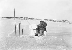 Inuit woman ice fishing, Fullerton Harbour, Nunavut, 1905