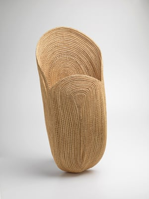 Yvonne Koolmatrie Fish scoop 2010 sedge (carex sp.) 97.3 x 45.5 x 20.3 cm National Gallery of Victoria, Melbourne Purchased, NGV Supporters of Indigenous Art, 2012 © Yvonne Koolmatrie courtesy Aboriginal & Pacific Art Gallery