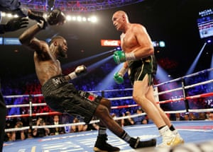 Wilder goes down again in the fifth round under a combination of body-shots. However, Fury is docked a point in the same round for hitting Wilder on the break.