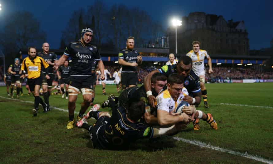 Jimmy Gopperth scores a try for Wasps in a Champions Cup match at the Rec in Bath in 2015, the year he joined the club.