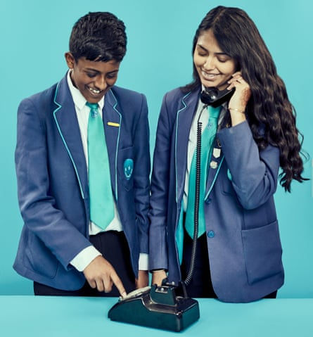 Jannugan and Rhianna try a not-so-smart phone.