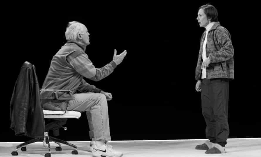 John Lithgow and Laurie Metcalf in Hillary and Clinton