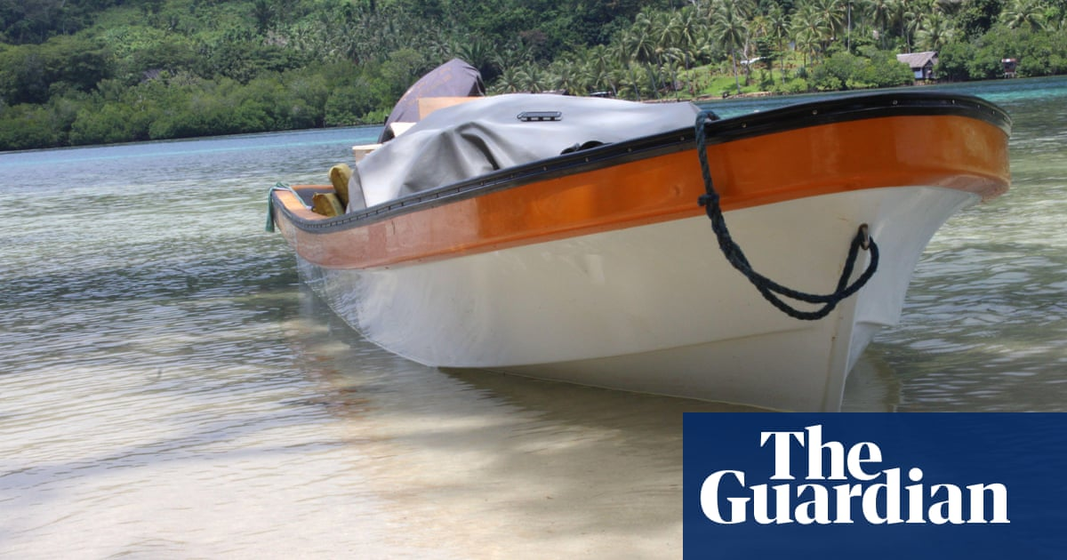 Bougainville health minister and family lost at sea after boat sinks off Papua New Guinea