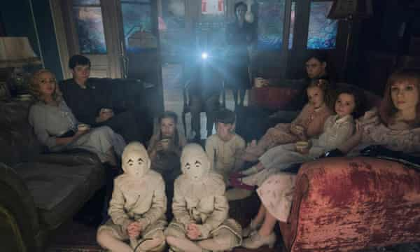 Sneak Behind The Scenes Of Miss Peregrine S Home For Peculiar Children Famous Monsters Of Filmland