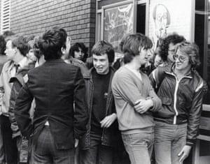 WTVA Avengers Convention queue in 1980