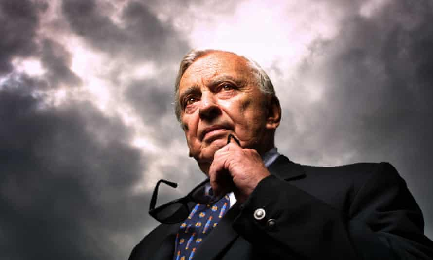 Lining up a zinger ... Gore Vidal in 2001.