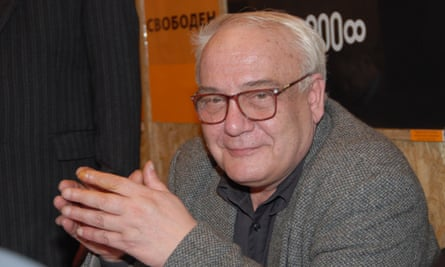 Vladimir Bukovsky attending a meeting at the Sakharov Centre in 2007 in Moscow shortly after announcing his intention to run for the presidency.