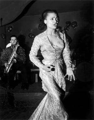 Eartha Kitt, Saint-Germain-des-Prés, Paris, 1950Singer Eartha Kitt in the Night Club, 1950 in Paris, France.