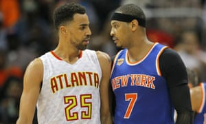 Thabo Sefolosha and Carmelo Anthony exchange words early in the game between the Knicks and Hawks
