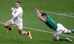 Jonny May skips away from Ireland's Peter O'Mahony