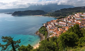 A view of Lastres from San Roque, Asturias.