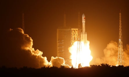 The Long March 7 carrier rocket blasts off on 25 June, 2016 at the Wenchang launch site