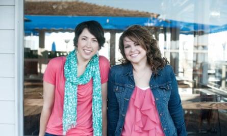 Lauren Billings (L) and Christina Hobbs (R), who write as one under the name Christina Lauren
