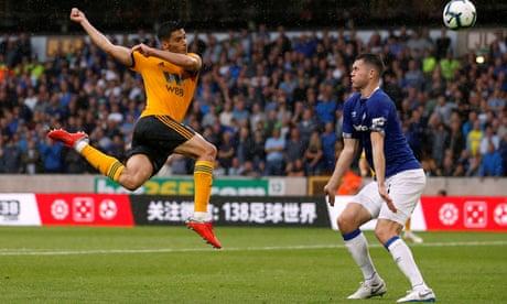 Wolves' Raúl Jiménez pegs back 10-man Everton after Richarlison's double