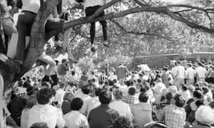 Approximately 5,000 people listen to Martin Luther King at the University of California in Berkeley on 17 May 1967.