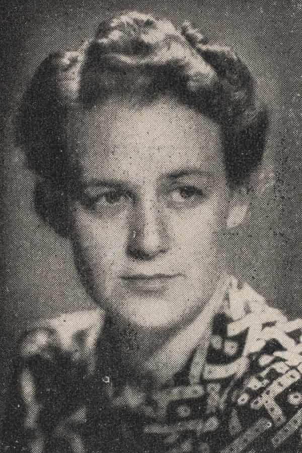 Australian war reporter Elizabeth Riddell.