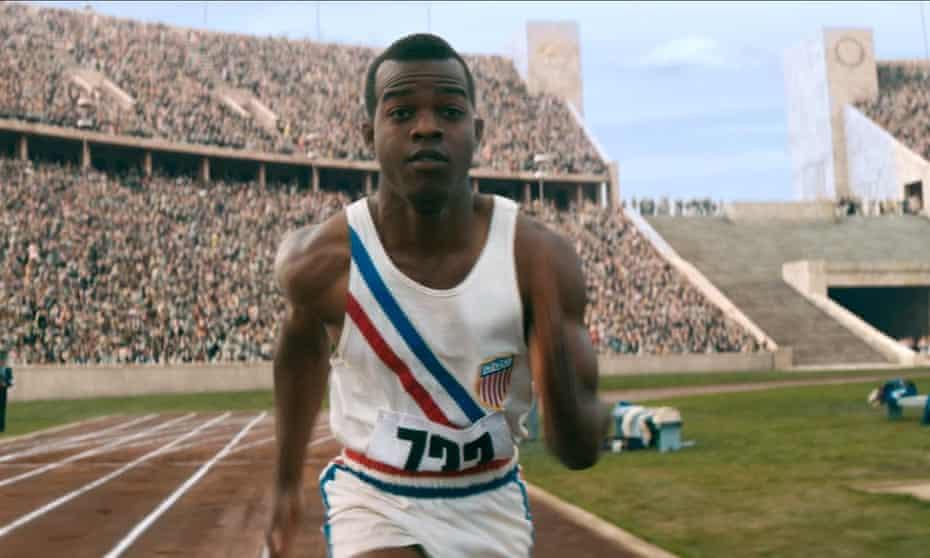 Stephan Jones as Jesse Owens