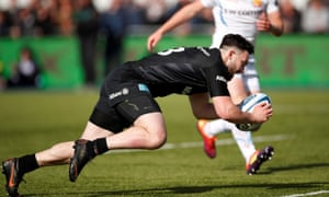 Dom Morris scored twice after coming off the bench in Saracens' convincing win over Exeter.
