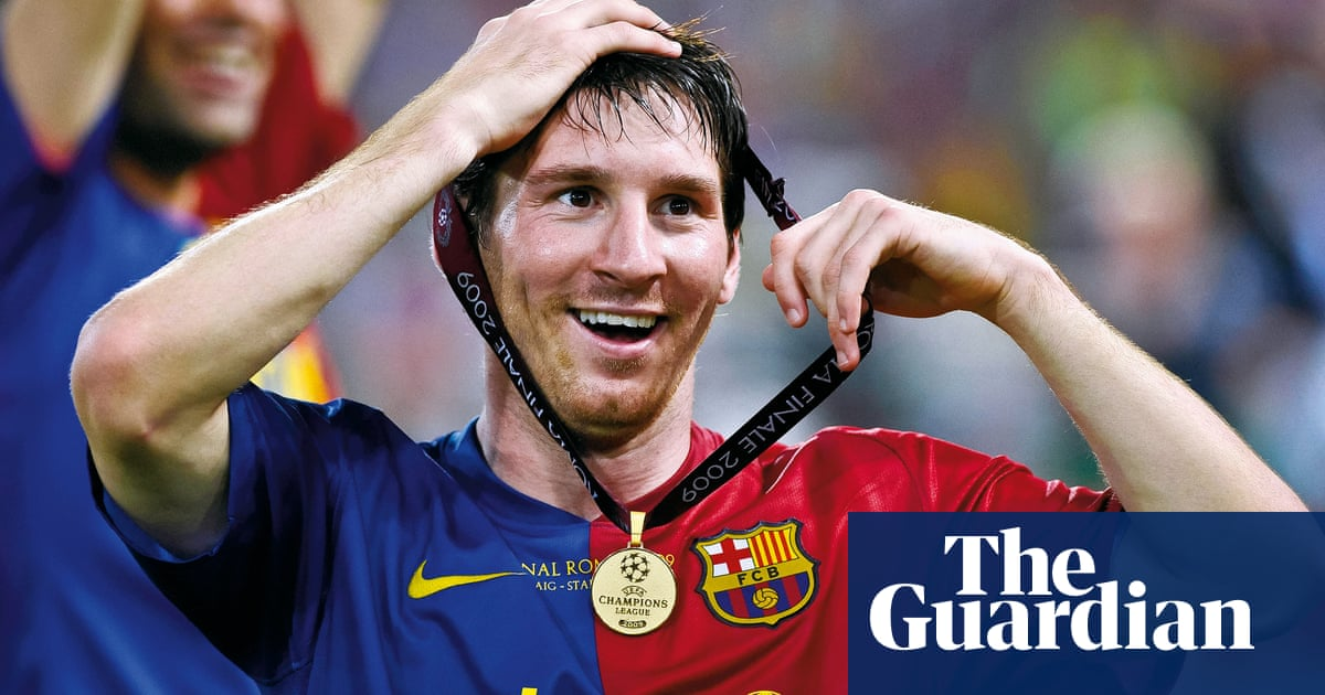 Buy a classic sport photograph: magical Messi