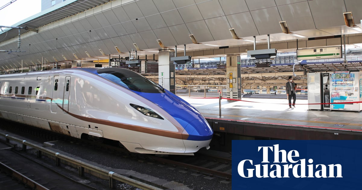Japan bullet train driver disciplined for leaving controls to go to toilet