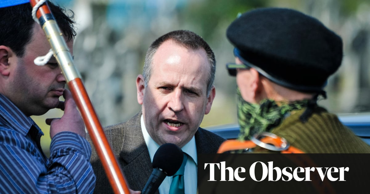 Irish dissident republican urges armed groups to forgo violence