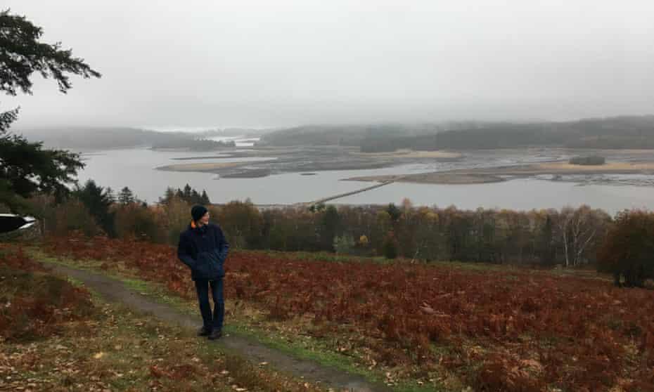 Winter walking by Lac de Vassivière