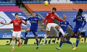 Bruno Fernandes of Manchester United heads towards goal.