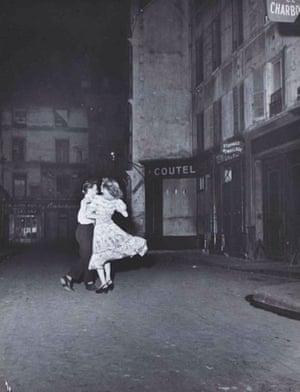 La Dernière Valse du 14 Juillet by Robert Doisneau (1949)