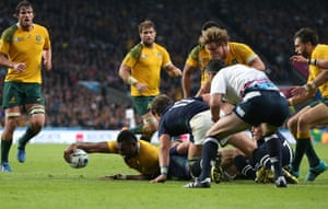 Kuridrani stretches out to score Australia's fifth try.