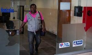 Feira de Santana crime reporter Gleidson Santos, 43, chronicles the soaring violence on his blog Policia é Viola.