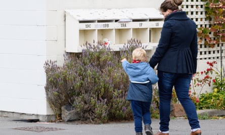Inspired by Rosen children's book We're Going on a Bear Hunt, teddy bears and other cuddly toys are popping up in windows across New Zealand to give children something to look forward to on their neighbourhood walks during the lockdown.