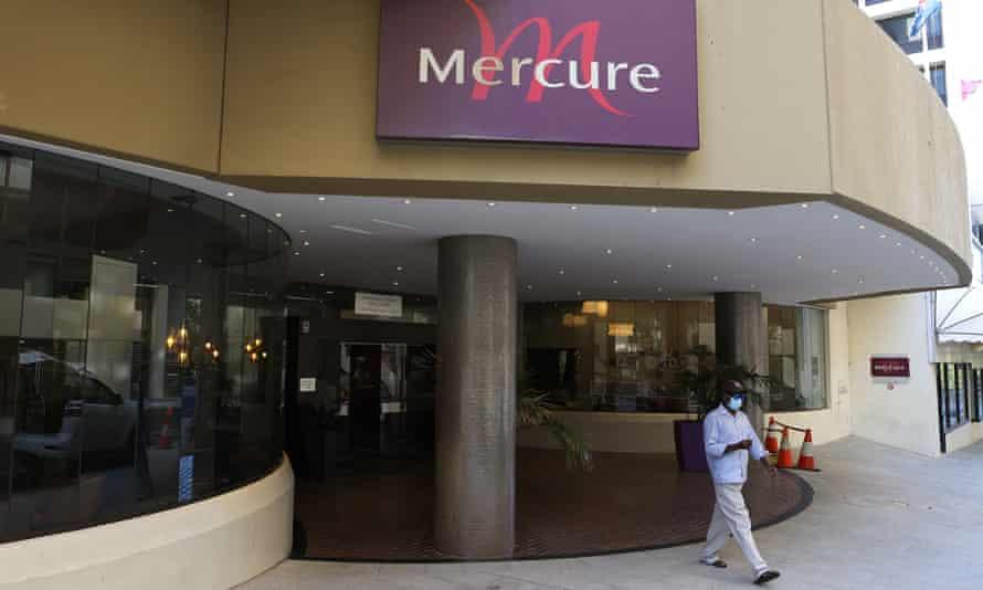 Exterior of Mercure Hotel in Perth