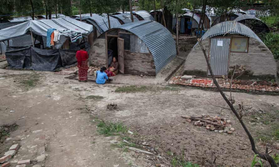 Since the May earthquake many Nepalese are still living in temporary shelters like these in Bhaktapur, near Kathmandu.<br>