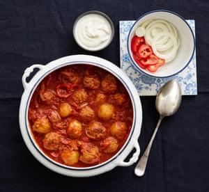 Meatball goulash with dumplings