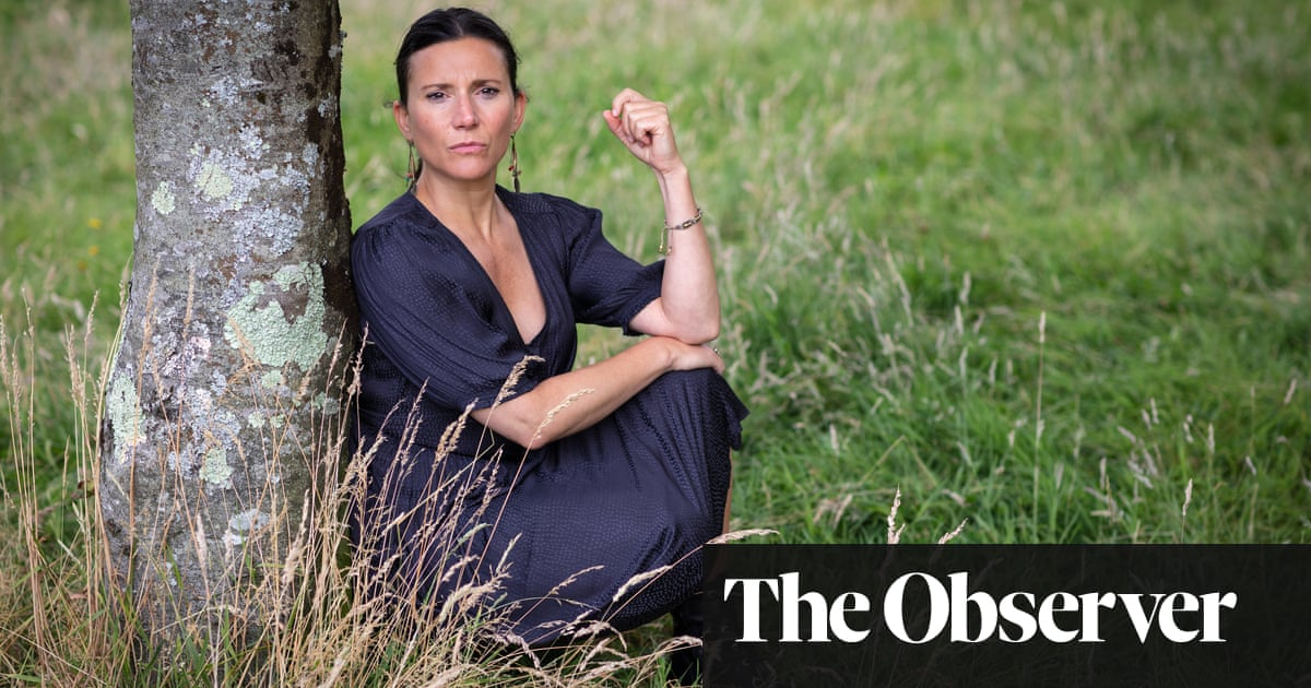 Checkout 19 by Claire-Louise Bennett review – portrait of a lady