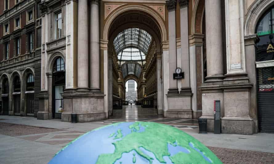 The deserted Gallery Vittorio Emanuele II, Milan.