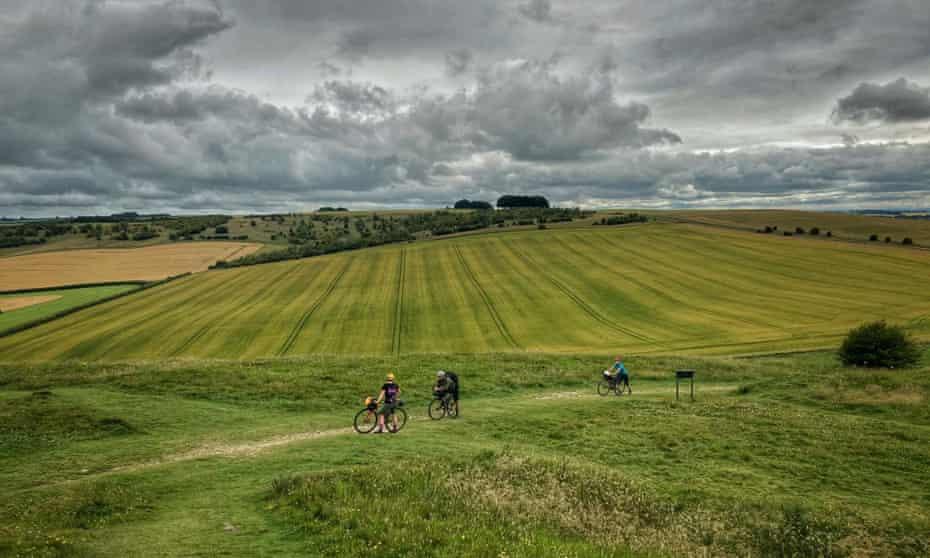 Near Barbury Castle on the Ridgeway.