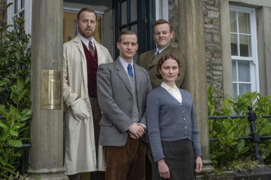 West with Nicholas Ralph, Callum Woodhouse and Anna Madeley in All Creatures Great and Little.