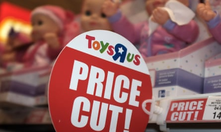While up to 800 people could still lose their job as a result of the restructure, more than 2,000 more will be saved as Toys R Us tries to turn its remaining UK business around.