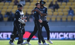 Mitchell Santner and Ish Sodhi