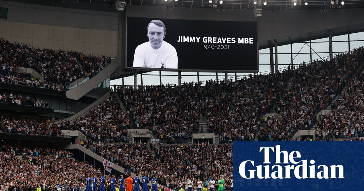 Tributes to Jimmy Greaves. Plus Chelsea, Spurs and penalties – Football Weekly