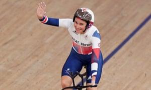 Great Britain's Dame Sarah Storey celebrates winning Gold in the 3000m Individual Pursuit.