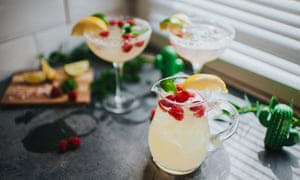 Margherita cocktails (with tequila).